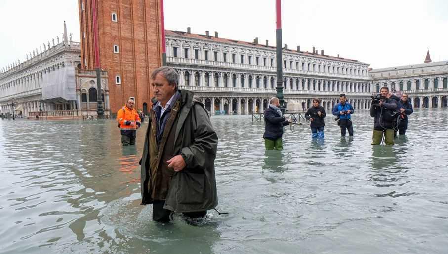 """""""Niewyobrażalne straty w Wenecji"""". Jest pierwsza ofiara"""