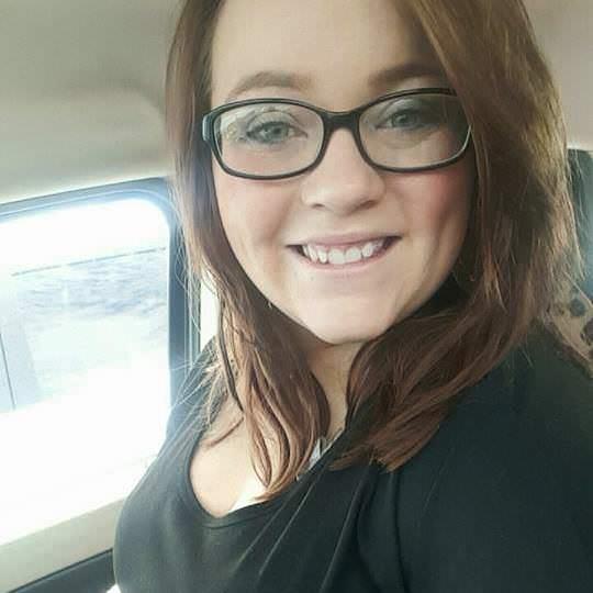 21-letnia matka zginęła w pożarze – strażacy zobaczyli jak coś porusza się pod oknem