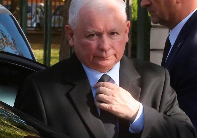 Jarosław Kaczyński w szpitalu. Minister zdrowia na miejscu. Sytuacja nadzwyczajna