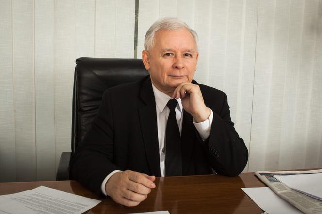 """Dopadli Kaczyńskiego przy toalecie. """"Wytrzyma pani"""""""