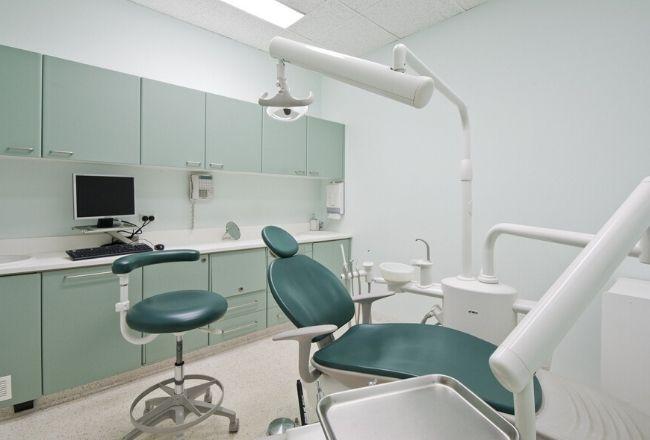 Mężczyzna poszedł do dentysty. Niedługo później zmarł, osierocił dwójkę dzieci