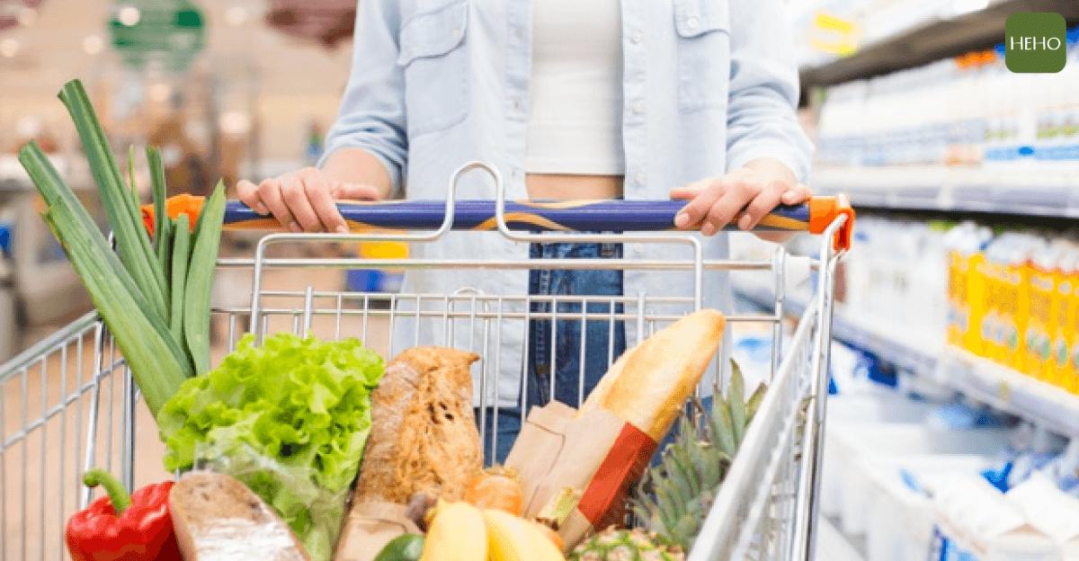 """Awantura w supermarkecie: """"Oskarżono mnie o kradzież bo dałam dziecku bułkę"""""""