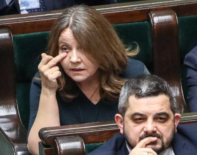 """""""Rz"""": Lichocka ma bronić godności prezydenta"""
