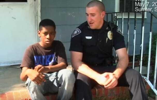 13-latek chce uciekać i dzwoni pod numer alarmowy – policjant spogląda do jego pokoju i odkrywa smutną prawdę