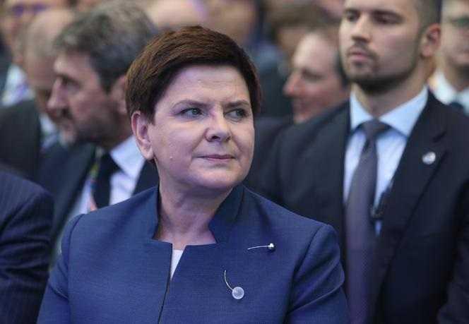 Auć! Córka słynnego doradcy Wałęsy szydzi z Szydło. ALE POJAZD!