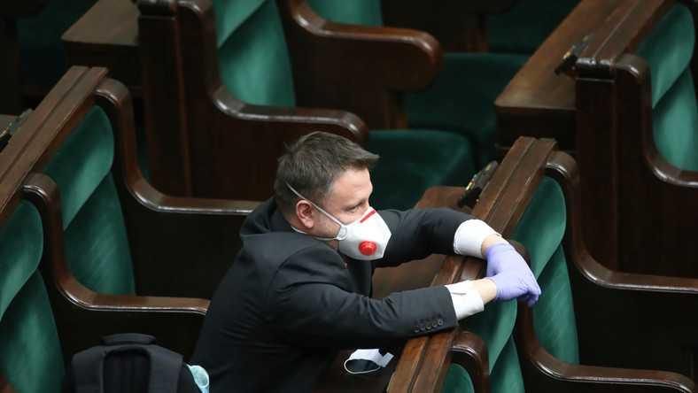 """Dziś Sejm zbierze się online. Nikt nie wie, czy system informatyczny zadziała. """"To jest żenujące"""""""