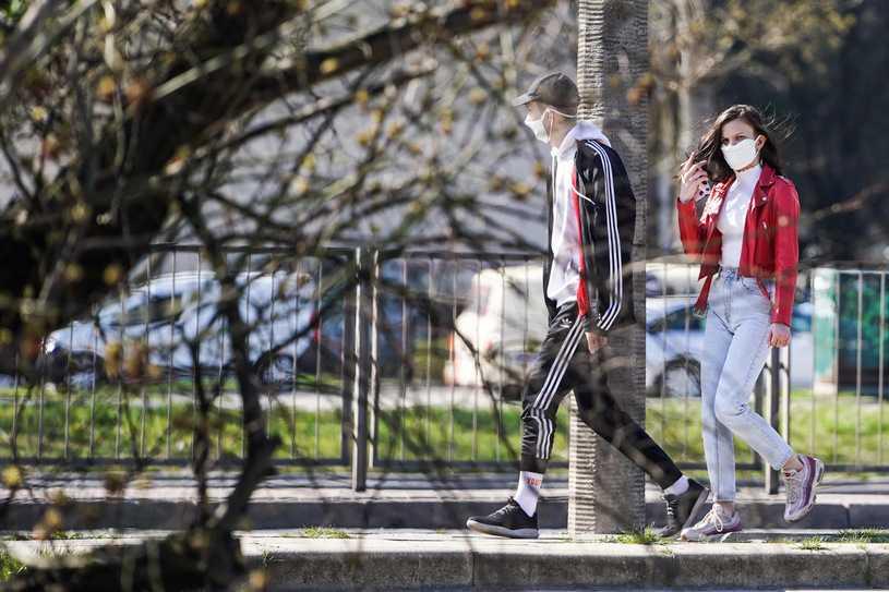 Koronawirus w Polsce. Kiedy szczyt zakażeń? Nowa prognoza ExMetrix