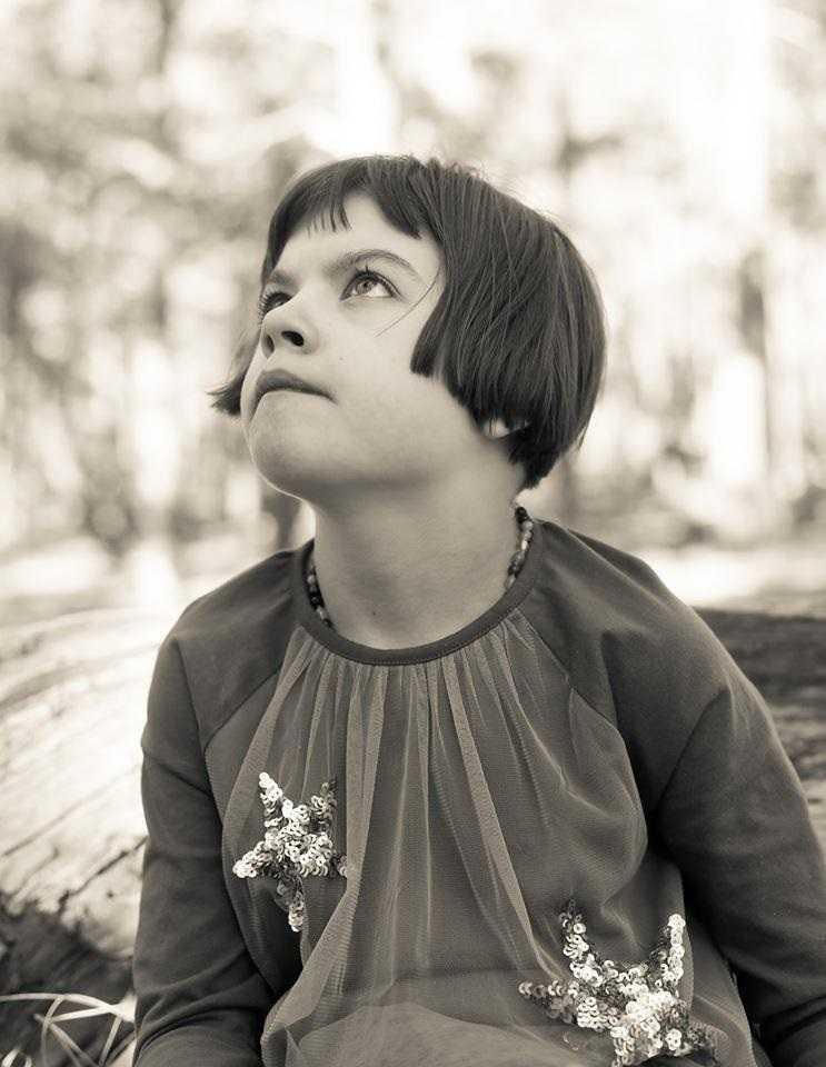 Historia tej dziewczynki poruszyła miliony. Dziś opłakują jej śmierć