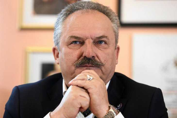 Nawet on. Marek Jakubiak apeluje do rządzących ws. wyborów prezydenckich