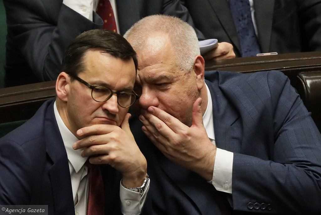 Spotkanie Morawieckiego, Sasina i Kaczyńskiego na Nowogrodzkiej. Premier nie komentuje czy ws. wyborów