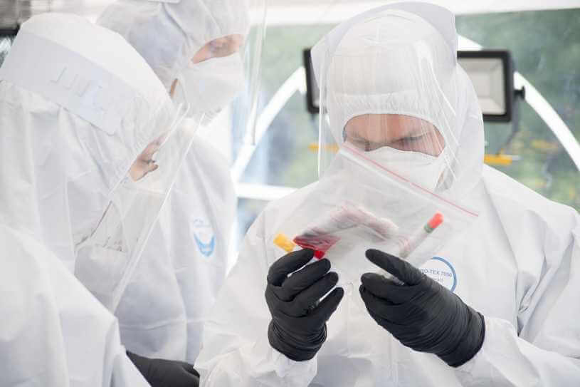 Prof. Marcin Drąg: Kluczowy enzym SARS-CoV-2 bardzo podobny do enzymu SARS-CoV-1