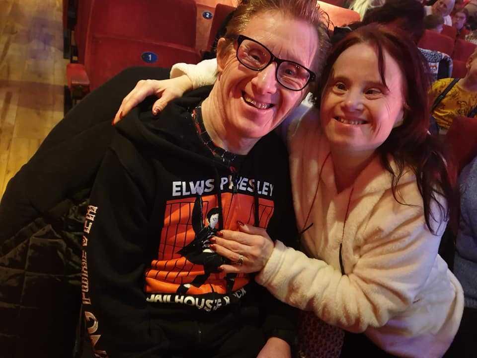 Małżeństwo z zespołem Downa 25 lat po ślubie. Zmienili się nie do poznania!
