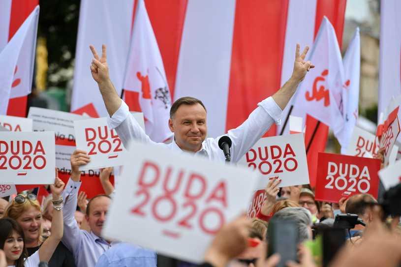 """Wybory prezydenckie 2020. Sondaż """"Super Expressu"""" o przepływach głosów w II turze"""