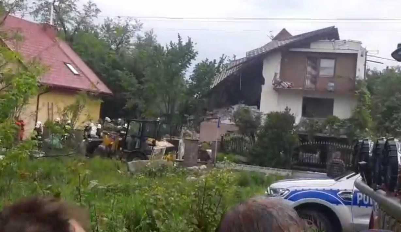 Eksplozja na południu Polski, trwa akcja ratownicza służb. Zdjęcia z miejsca zdarzenia przyprawiają o ciarki