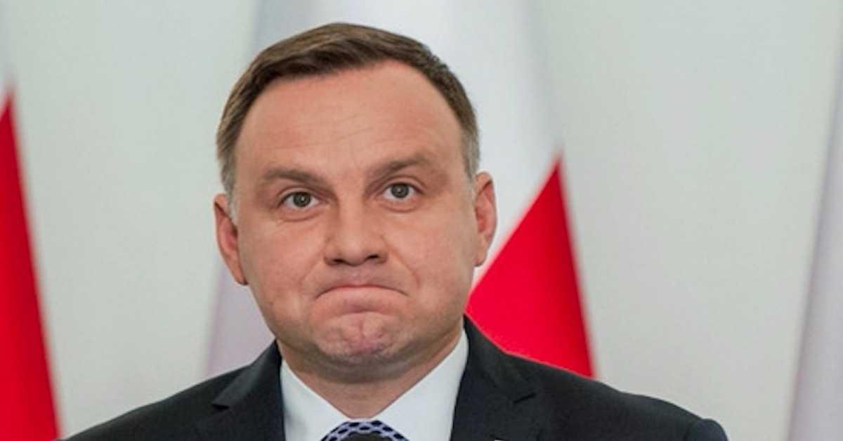 Wpadka Andrzeja Dudy. Prezydent nie zna polskich słów i zjada litery? Internauci bez litości