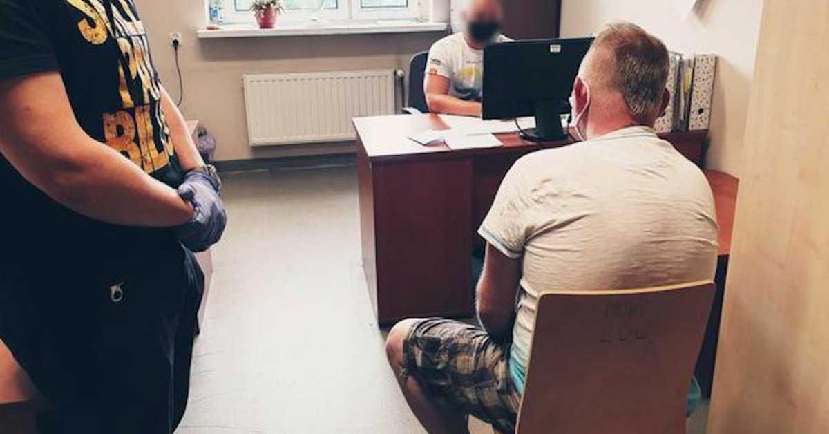Więźniowie przywitali dzieciobójcę. Wstrząsające nagranie z zakładu karnego