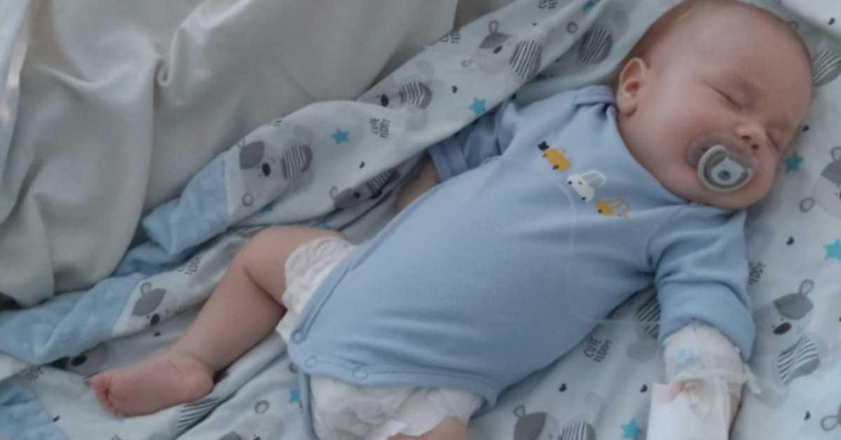 3-miesięczny Nikoś zmarł na raka. Przez 2 miesiące walczył z nowotworem