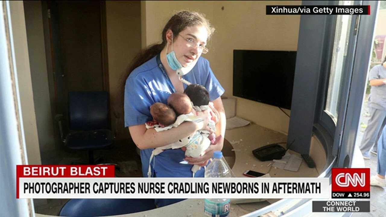 Bohaterka: pielęgniarka uratowała 3 noworodki podczas eksplozji w Bejrucie – chroniła je własnymi rękami
