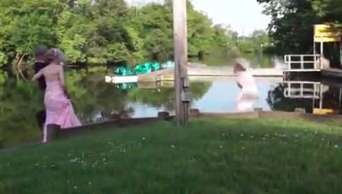 Niewyobrażalne sceny podczas ślubu. Nagle pan młody rzucił się w pogoń, a za nim panna młoda