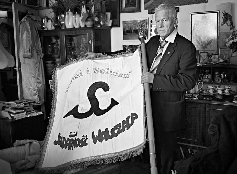 """Kornel Morawiecki: Legendarny lider """"Solidarności Walczącej"""". Pierwsza rocznica śmierci"""