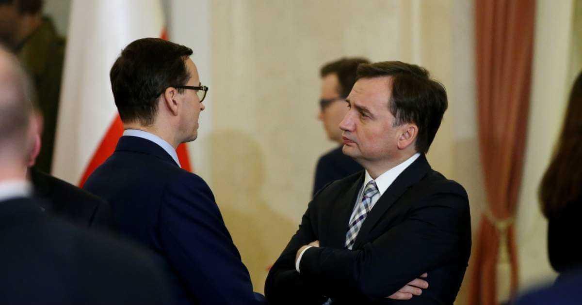 Bezpośrednie starcie Morawieckiego i Ziobry. Kulisy negocjacji na prawicy