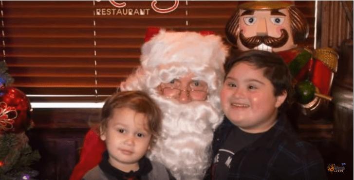 Gość restauracji obrażał dziecko z zespołem Downa. Zaskakująca reakcja kelnera