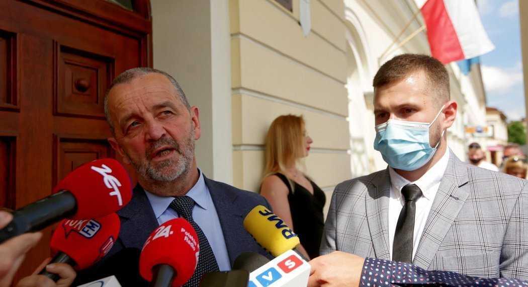 Wypadek kolumny Beaty Szydło. Prokuratorzy dysponowali opinią o współwinie rządowych kierowców
