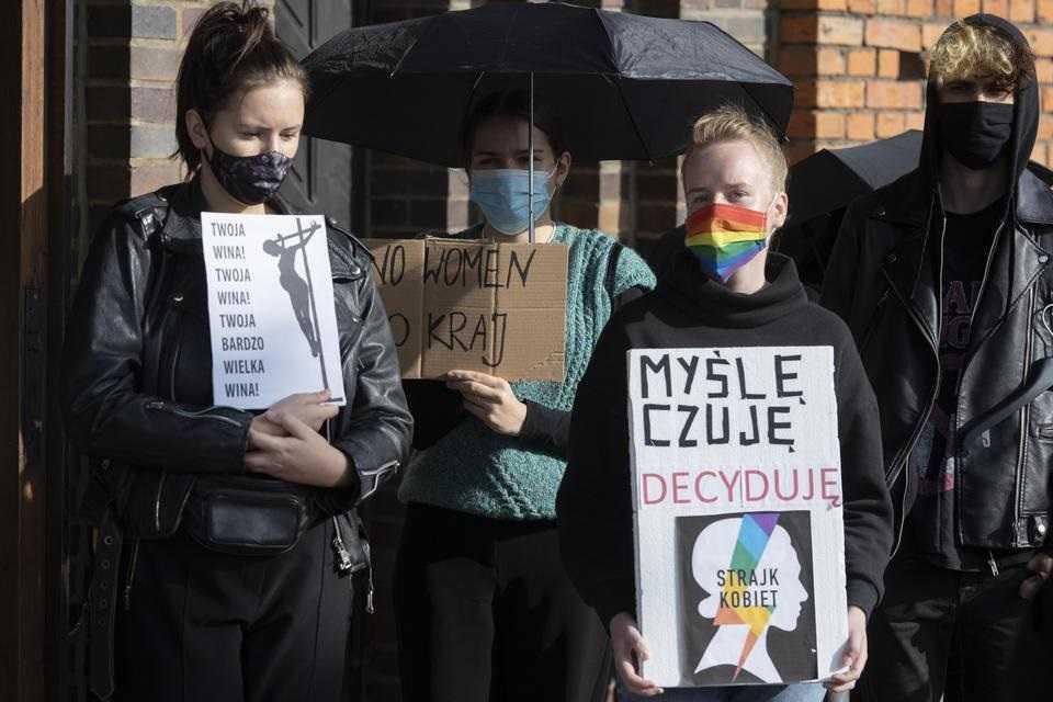 Nauczycielka z Leszna podpadła w mieście kilkoma słowami o aborcji