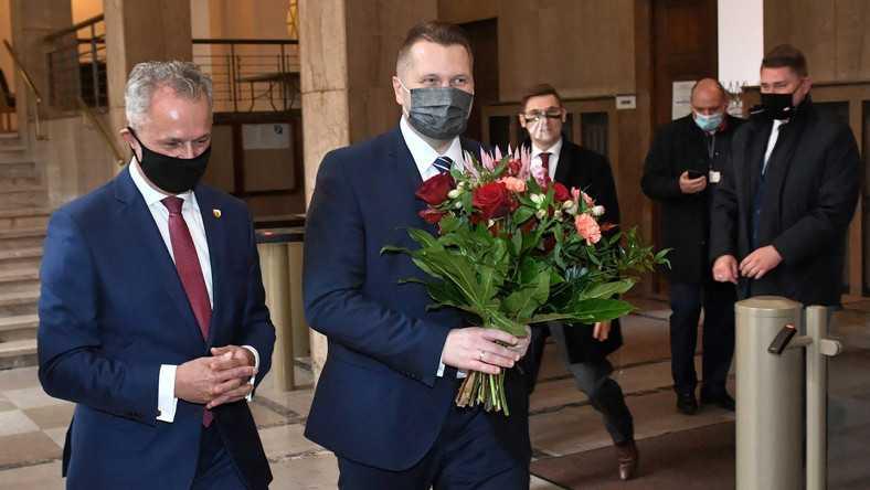 Przemysław Czarnek przeprowadzi czystki? Nieoficjalnie: kierownictwo MEN może spać spokojnie