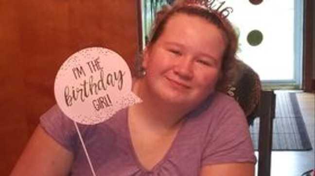 16-letnia dziewczyna o specjalnych potrzebach prosi o kartki urodzinowe po tym, jak nikt nie pojawia się na jej przyjęciu