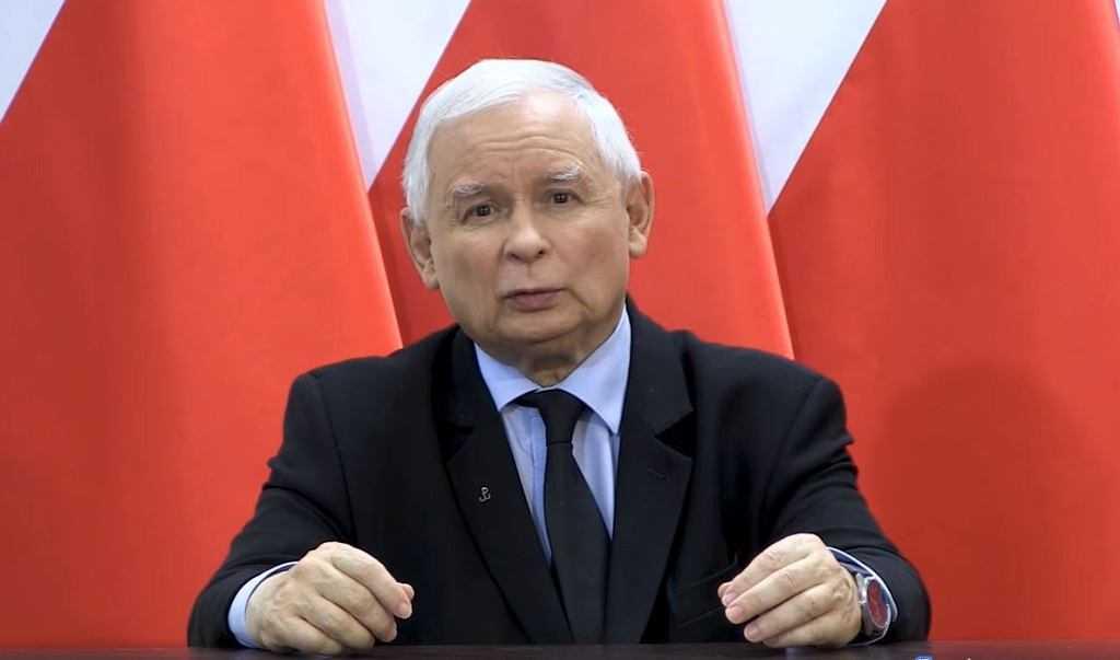 """Strażacy piszą do Jarosława Kaczyńskiego. """"Liczymy, że uda się przywrócić honor ludziom polskiego munduru"""""""