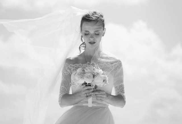 Ślub z osobą zmarłą. Porażające, co dzieje się w sercu Europy