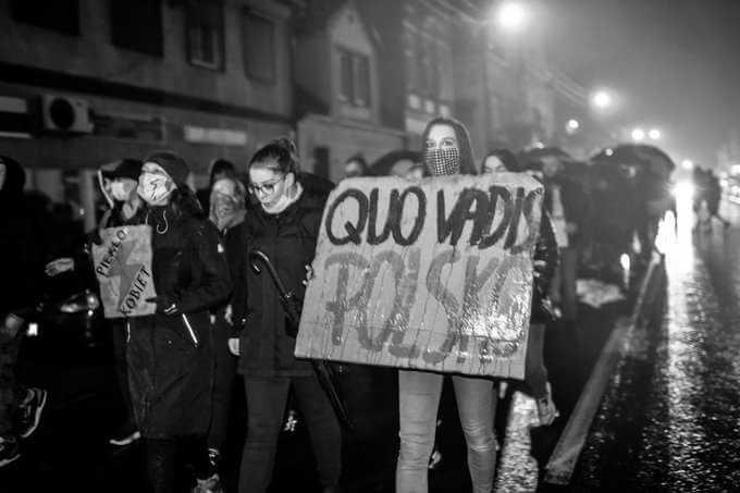 Protest przed Radiem Maryja. Ojciec Tadeusz Rydzyk znów zabrał głos ws. aborcji