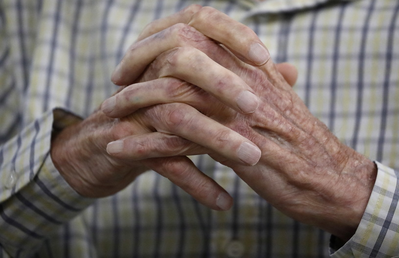 Szwecja: 85-latek zmarł dzień po zaszczepieniu na COVID-19
