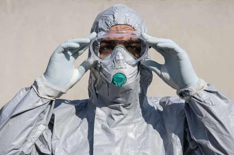 Kiedy koniec pandemii? Ekspert wskazuje możliwy termin