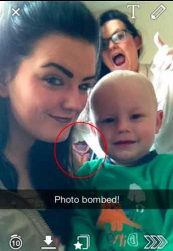 Zrobiła sobie zdjęcie z siostrzeńcem. Kiedy później na nie spojrzała, chciała tylko krzyczeć, wszystko przez jeden szczegół