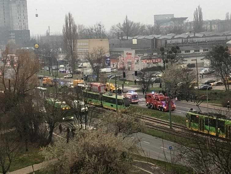 Tragiczny wypadek w Poznaniu. Tramwaj śmiertelnie potrącił 22-letnią kobietę