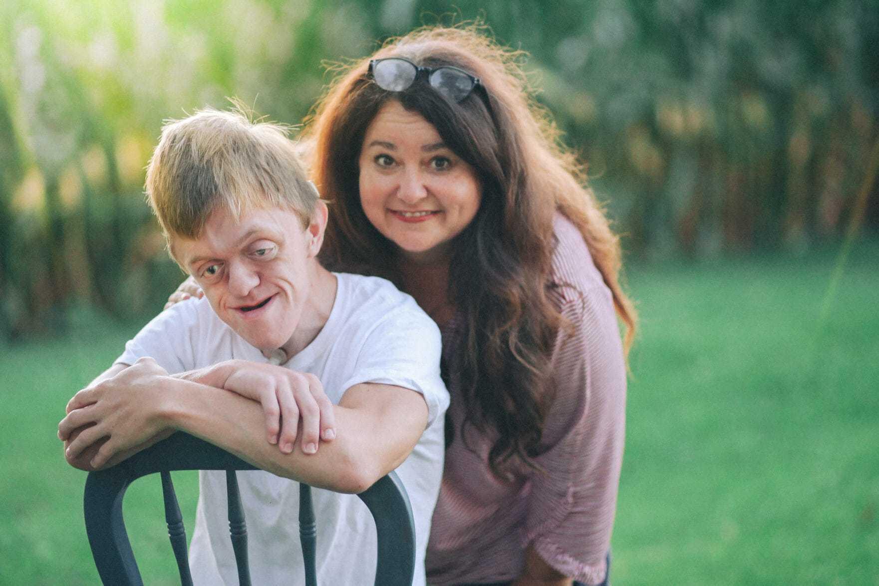 Pielęgniarka jako jedyna wierzyła w dziecko z niezwykłą diagnozą – tak wygląda 17 lat później
