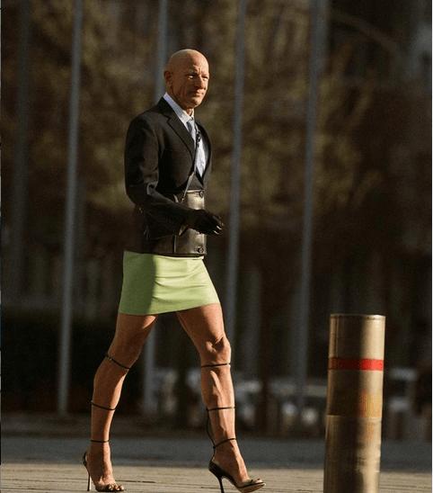 """61-latek paraduje po ulicach w szpilkach i spódnicy. """"Żonie to nie przeszkadza"""""""