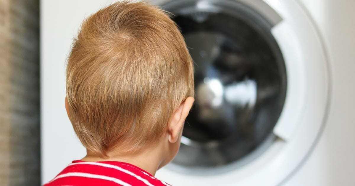 Znaleziono martwego chłopca w pralce – maszyna pracowała na jednym z programów