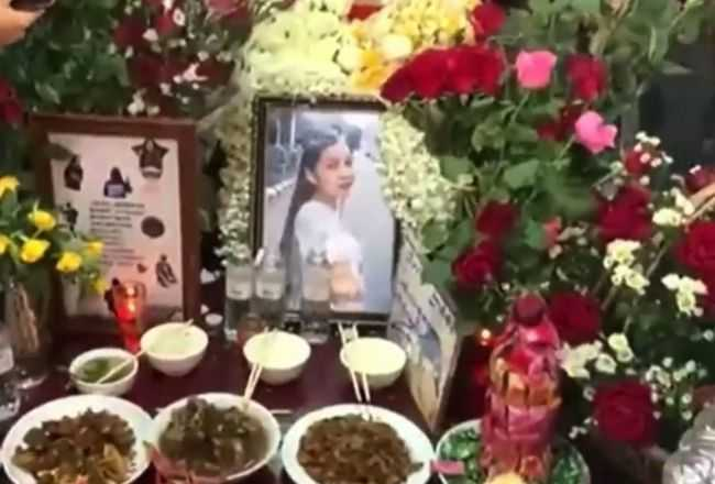 Na jej pogrzeb przyszły tysiące osób. Pod osłoną nocy władze wykopały ciało i zalały grób cementem