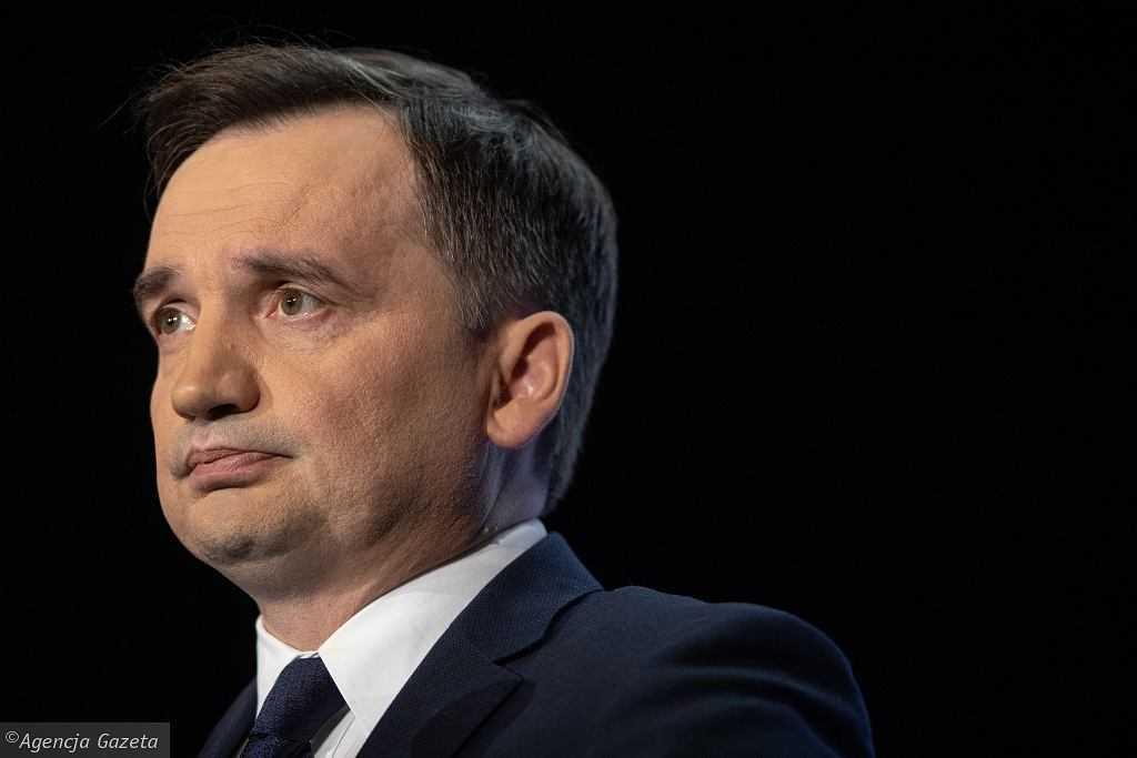 Zbigniew Ziobro o wyroku TSUE: Chcą skłonić Polskę, by uległa szantażowi. Nie uda im się