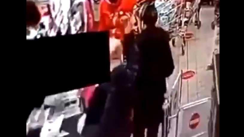 Leszno: 48-latek, który zaatakował kobietę w sklepie, usłyszał zarzuty