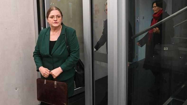 Sędziowie chcą ukarania Pawłowicz za wpis na temat transpłciowego dziecka