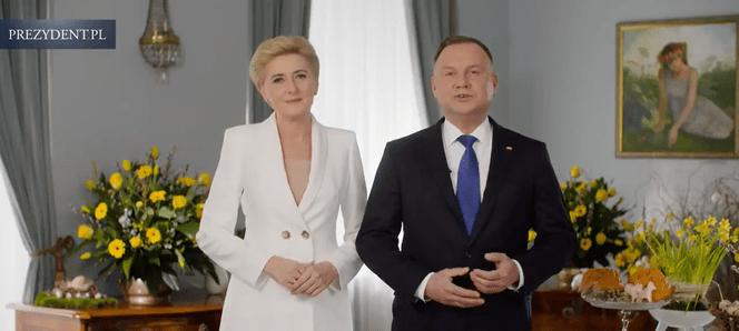 Prezydent Andrzej Duda z żoną Agatą składają życzenia wielkanocne. W tle ogromny dramat! Smutny akcent zniszczył całą atmosferę