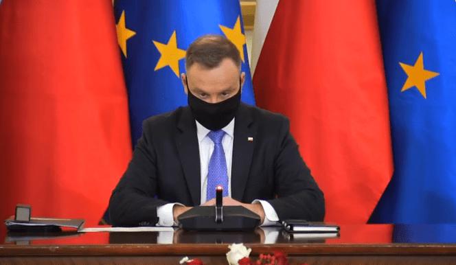 Czy prezydent Duda zapisze się na szczepienie przeciw COVID-19? Za tydzień będzie jego termin