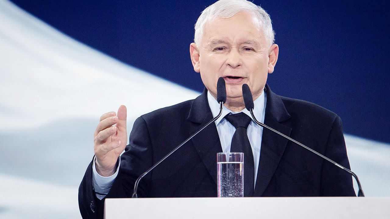 PiS buduje już gotowość na wybory. Kaczyński chce awansować Morawieckiego, a partią wstrząsnąć