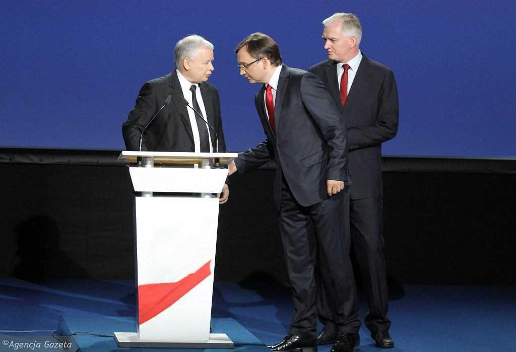 """Kaczyński ma podpisać nowe porozumienie z koalicjantami. """"Ziobro ma na nich teczki, kwity"""""""