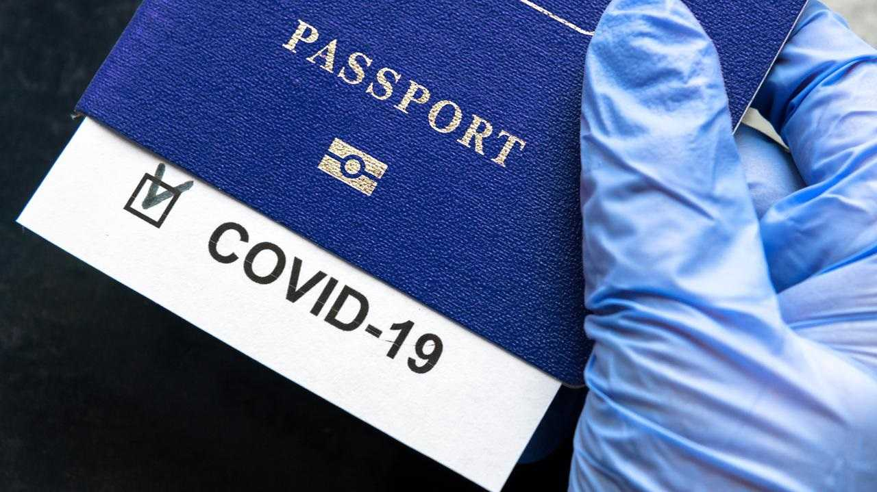 "Komisja Europejska: ""Paszporty covidowe"" od 1 lipca"