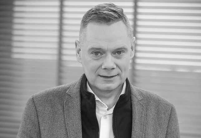 Rafał Poniatowski nie żyje. Reporter TVN24 od kilku lat chorował na nowotwór. Miał 48 lat